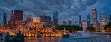 Downtown Chicago Skyline At Su...