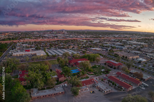Photo Aerial View of Albuquerque, New Mexico at Sunset