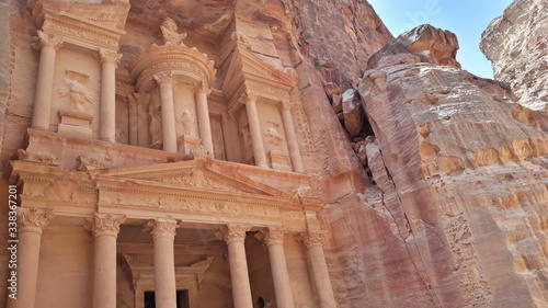 Photo Petra originally known to its inhabitants as Raqmu, is a historical and archaeological city in southern Jordan