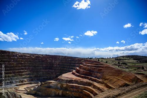 Obraz na plátne Victor Cresson Mine, an active open pit gold mine in Cripple Creek, Colorado, US