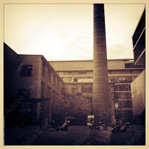 Smoke Stack On Courtyard Fototapete