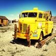 Leinwandbild Motiv Rusty Yellow Truck