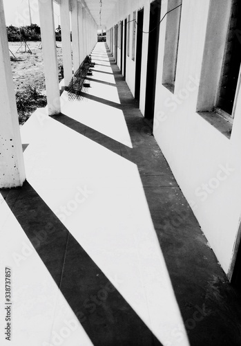 Fotografering Walkway With Colonnade