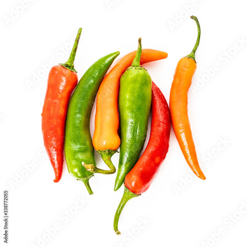 Photo Red, green chilli peppers isolated on a white background