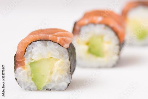 Fototapeta Sake avocado maki obraz