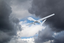 Unmanned Aerial Vehicle UAV Fl...