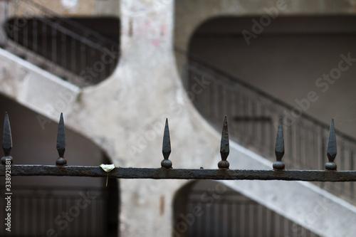 Alambrado y escaleras de la ciudad de Lyon Wallpaper Mural