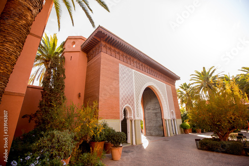 Photo Beautiful arch in moroccan city
