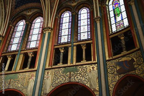 Fotomural Vitraux à l'église Saint-Germain à Paris, France