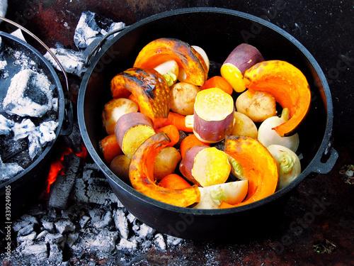 ダッチオーブンで蒸し焼きした秋野菜 Canvas Print