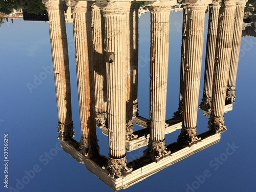 Fotografie, Obraz Colonnades Against Sky At Temple Of Zeus