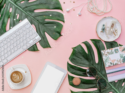 Fotomural Modern flat lay  feminine workspace with stationery, Accessory on the pink table