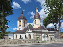 Orthodox Church Of St. Nicholas In Kuressaare, Saaremaa Island, Estonia. The Church Was Built In 1790 By Order Of Catherine The Great.