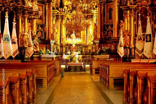 Obraz Interior Of Illuminated Church - fototapety do salonu