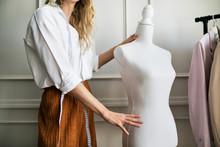 Professional Fashion Designer ...
