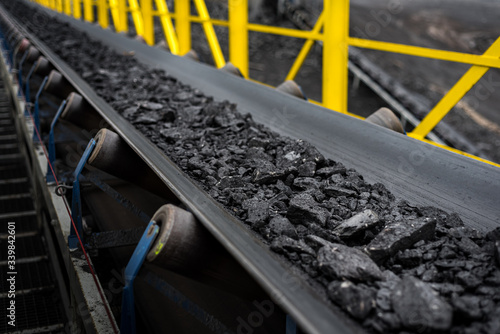 Obraz na płótnie opencast mine - belt conveyor - coal, stones - transport