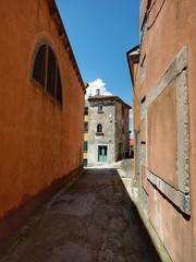 Fototapeta na wymiar View Of Residential Buildings Against Sky
