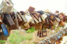 Many Master Key Locks, Symbol ...
