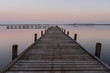 Steg im Steinhuder Meer im Sonnenuntergang