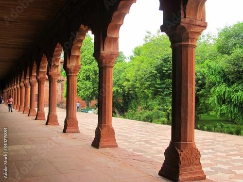 Colonnades In Taj Mahal Fototapete