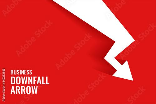 Fotografía red downfall arrow showing downward trend background
