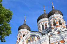 The Alexander Nevsky Cathedral Is An Orthodox Cathedral In The Tallinn Old Town, Estonia. It Was Built To A Design By Mikhail Preobrazhensky In A Typical Russian Revival Style Between 1894 And 1900.
