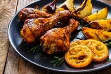 Barbecue Chicken Drumsticks Wi...