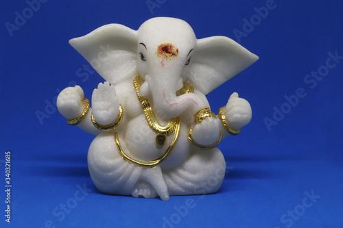 Fototapeta white Ganesh idol