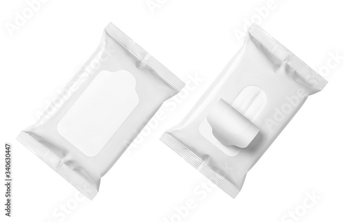 Fotomural Blank wet wipes flow packs, isolated on white background
