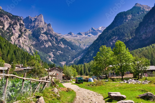 Cuadros en Lienzo Landscape inside the protected natural oasis of the Val di Mello Sondrio Italy