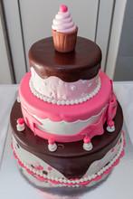 Pink And Chocolate Birthday Ca...