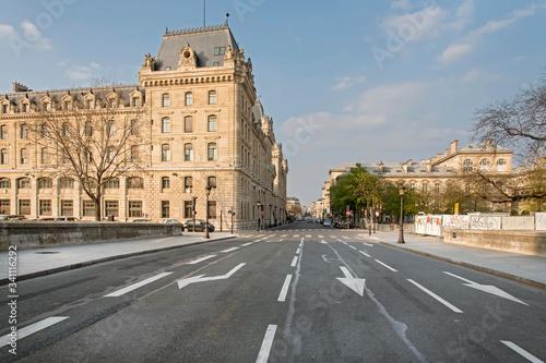 Obraz na plátně rue parisienne vide