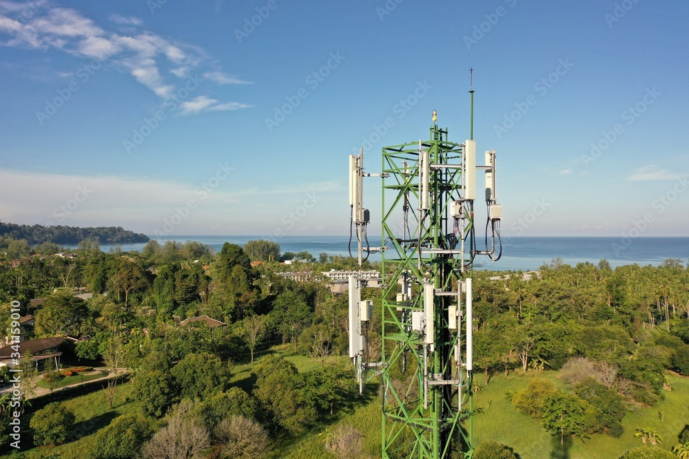 Fototapeta 4G and 5G telecommunications tower
