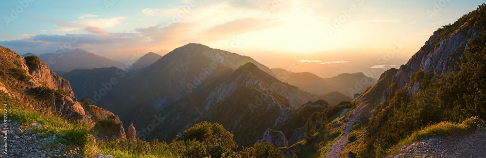 Fototapeta alpine landscape panorama in the evening, herzogstand mountain