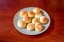 Venezuelan-style Cheese Bread Balls