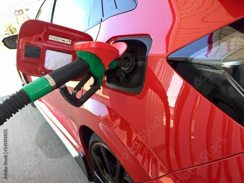 Fotografie, Tablou tankowanie stacja paliw ,tankowanie ,paliwo ,stacja paliw , cpn , BP , 95 ,,98 ,