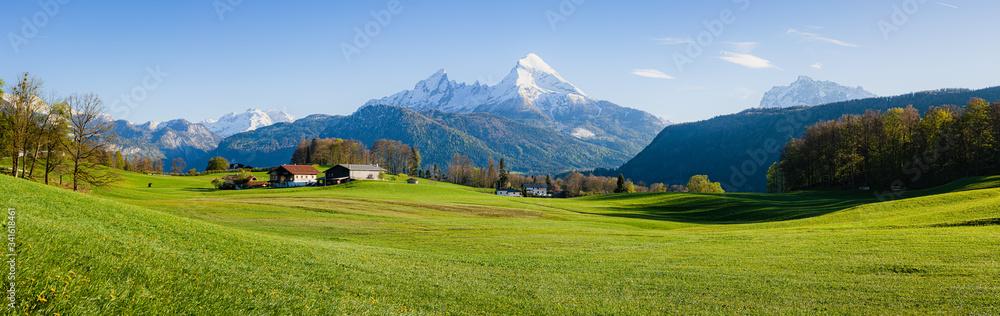 Fototapeta Beautiful rural mountain scenery in the Alps in spring