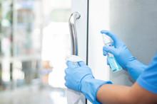 Sanitizer Spray Clean Handle D...