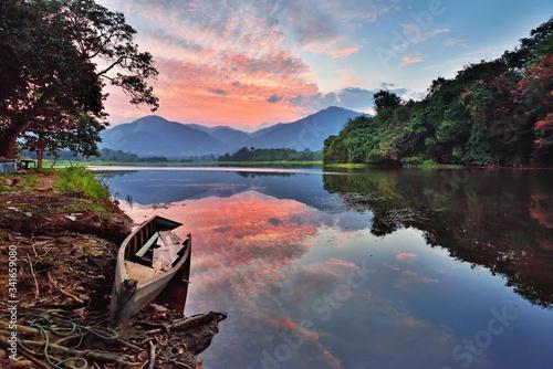 Obraz na płótnie Scenic View Of Lake Against Sky During Sunset