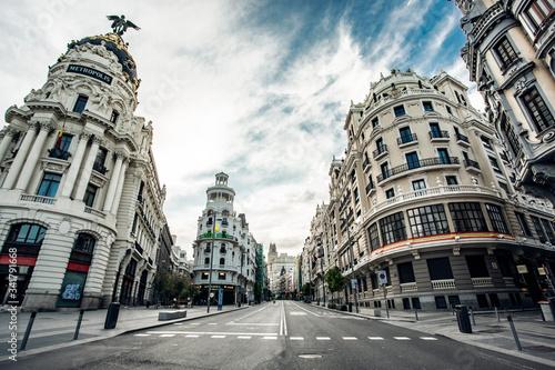 Calles del centro Madrid vacias debido al confinamiento derivado de la pandemia mundial covid-2019
