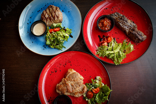 meat dish on a plate Fototapet
