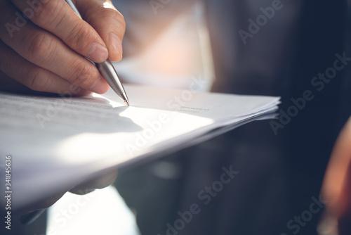 Fototapeta Signing contract obraz