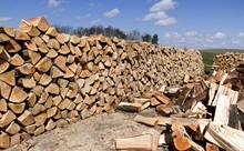 Hardwood Split And Piled Dryin...