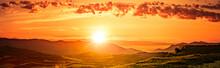 Sonnenaufgang über Weinbergen...