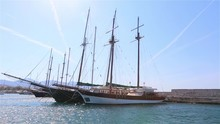 Beautiful Old Yachts Are Ancho...