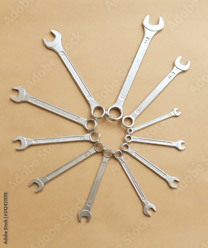 Photo Set of various silver spanners