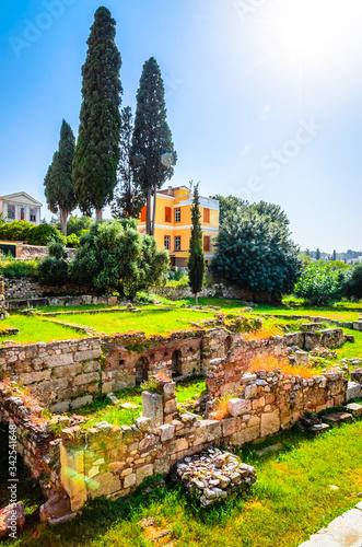Photo Beautiful Roman Agora in Plaka District, Athens, Greece.