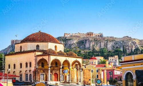 Photo Beautiful Monastiraki square in Plaka District, Athens, Greece.
