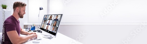 Obraz Businessman Watching Video Conference - fototapety do salonu