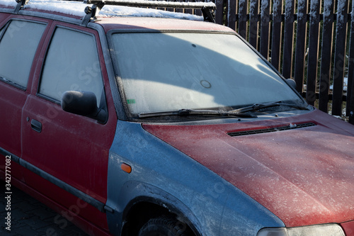 Photo Automobile, vehicle and car in the winter and wintertime